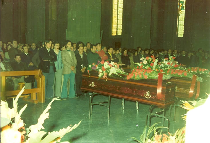 funeral-19760014