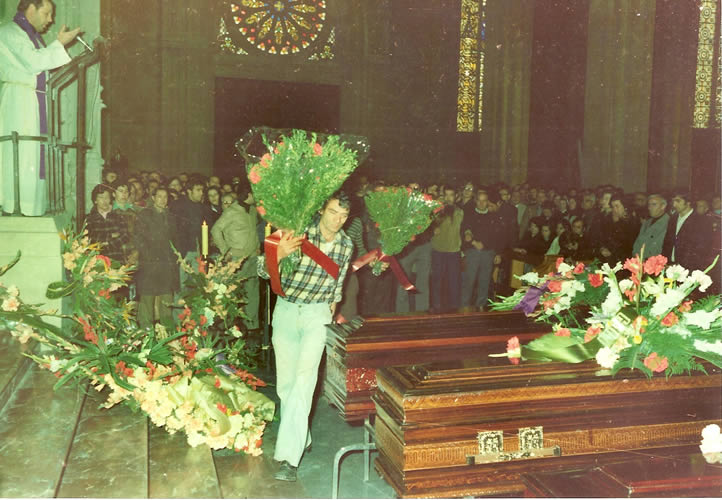 funeral-19760023